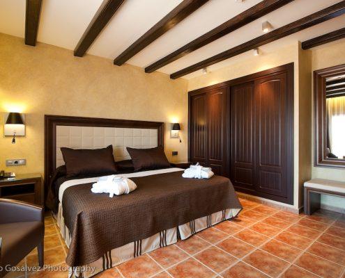 Cojines, plaids y canapes Hotel La Caminera