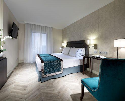 Cortinas, plaids y canapes Hotel