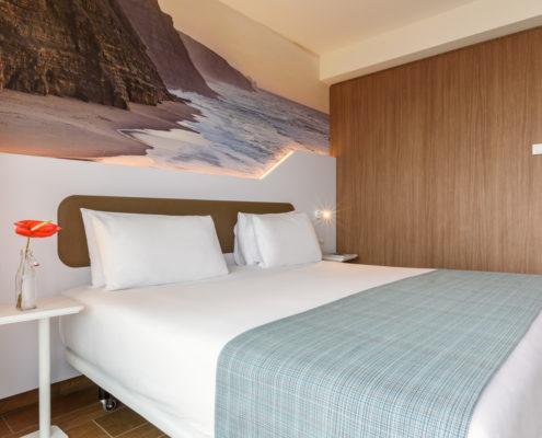 plaid hotel
