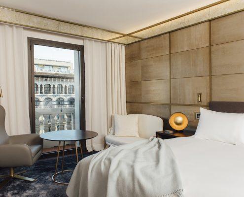 Cortinas Hotel Almanac Barcelona - Habitación