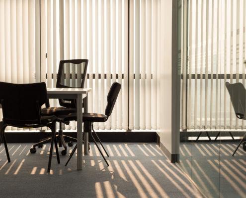 cortinas verticales oficinas