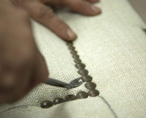 tapizado con tachas